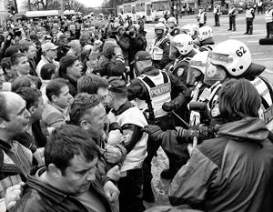 Последние массовые волнения русские в Эстонии устроили в 2007 году после решения властей перенести статую Бронзового солдата