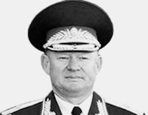 Андрей Сердюков – опытный военный и управленец
