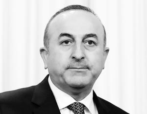 Власти Нидерландов не позволили Мевлюту Чавушоглу агитировать в Роттердаме за усиление полномочий Эрдогана