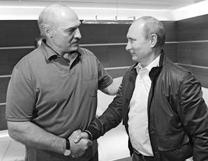 На официальном уровне Белоруссию в России называют только партнером, притом равноправным