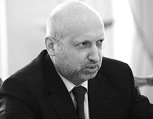 Турчинов заявил о смещении эпицентра боев в Донбассе на мариупольское направление