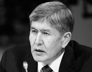 Президент Атамбаев решил ввести «защиту от дурака», но получил масштабный кризис