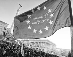 Западные политики легко соблазнили толпу на Майдане обещанием «безвиза», и теперь киевские политики чувствуют себя обманутыми