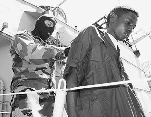 Заниматься отловом пиратов и террористов в Индийском океане теперь будут без помощи НАТО