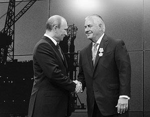 Бизнесмен-нефтяник Тиллерсон в 2013 году удостоился российского ордена Дружбы народов