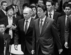 "Политика: Японцы не разгадали ""хитрый план"" Абэ"