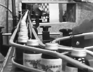 Любителей пить вещества, не предназначенные для употребления в пищу, погубили наживающиеся на них изготовители контрафакта
