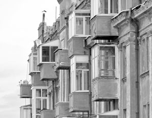 Минюст предложил разрешить отбирать у должника единственное жилье