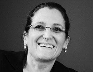 В МИД прокомментировали возможное снятие санкций с главы МИД Канады