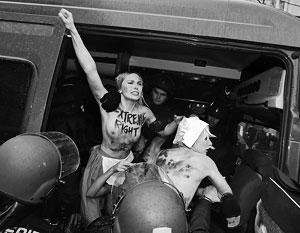 Активистки FEMEN поспорили о степени существования их движения
