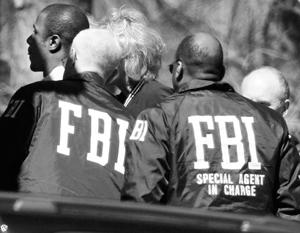 Политика: Лукин – о прослушке ФБР: Когда отношения плохие, законы не существуют