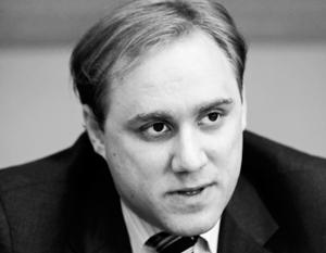 Дмитрий Альперович – компьютерный вундеркинд, родившийся в Москве и работающий сегодня на американские спецслужбы – возможно, как-то связан со шпионским скандалом
