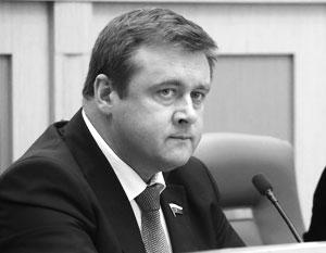 У Николая Любимова есть опыт работы на всех уровнях – муниципальном, региональном и федеральном