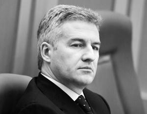 Представитель нового поколения региональных руководителей, новый глава Карелии Артур Парфенчиков до этого момента возглавлял Cлужбу судебных приставов
