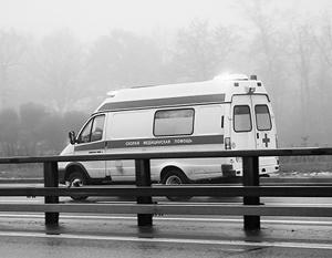 Водителей предложили лишать прав за непропуск скорой помощи