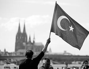 Возможные выступления турецких политиков на митингах своих соотечественников в Германии стали поводом для конфликта двух стран