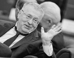 Жириновский разъяснил угрозы расстреливать и вешать