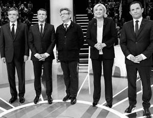 Из всех пяти кандидатов во второй тур, скорее всего, пройдут Марин Ле Пен, как фаворит и лидер первого тура, и Эммануэль Макрон, полагают эксперты