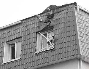 Рядом с атакованным зданием нашли крышку от гранатомета РПГ-22 и осколки снарядов