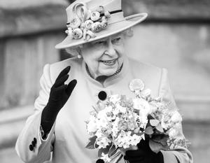 Британской королеве исполнился 91 год. (Фото с Людмилой Путиной)
