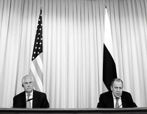 Тиллерсон рассказал о своих переговорах с Лавровым и Путиным в Москве