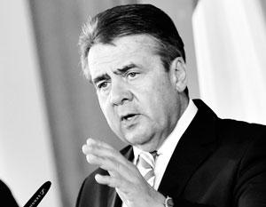 Берлин выступил против участия НАТО в боевых действиях против ИГ
