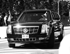 Лимузин Трампа не прошел в ворота королевского дворца в Брюсселе
