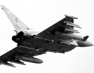 СМИ: Британские истребители подняли в небо из-за российских самолетов