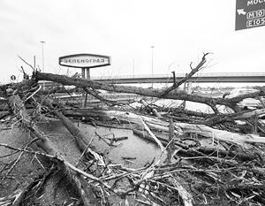 Через два дня после урагана Росгидромет нашел 2,4 млн рублей на закупку супер-компьютера для предсказания погоды