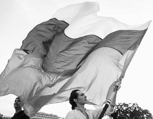 Праздник 12 июня все меньше несет в себе память о девяностых