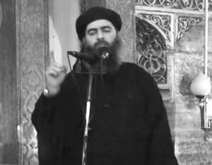Будущий «халиф» жил в каморке, пристроенной к местной мечети, проповедовал Коран детям и играл с ними по пятницам в футбол