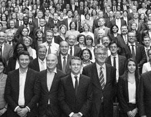Наполовину партия Макрона состоит из перебежчиков, наполовину – из абсолютно новых для французской политики людей
