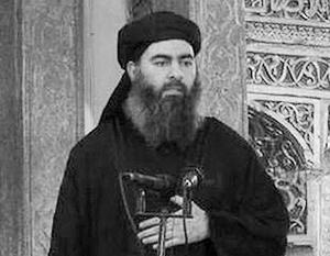 Единственное появление аль-Багдади, запечатленное на видео – 5 июля 2014 года в мечети в Мосуле