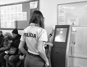 Больше всего недовольны безвизом украинцы, уже имеющие временный вид на жительство в Словакии