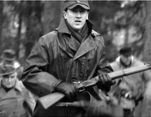В натовском фильме нацистских приспешников представили как «борцов за свободу»