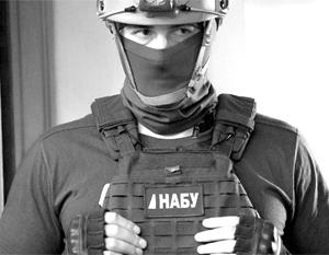 Офицеров ВСУ задержали за махинации с танковыми моторами