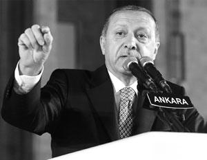 Многотысячные шествия прошли в Турции в годовщину попытки госпереворота. Эрдоган: Много врагов ждут гибели Турции