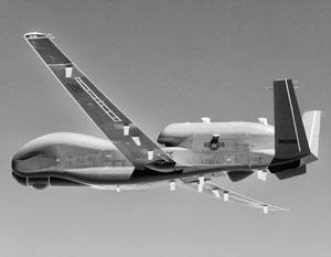 Длина беспилотника Global Hawk – более 13 метров, размах крыльев – около 35 метров