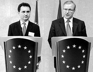 Вице-премьер правительства Сербии Божедар Джелич и еврокомисар по вопросам расширения ЕС Олли Рен
