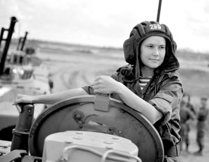 Уполномоченный по правам человека в России Татьяна Москалькова заявила, что в стране девушки ущемлены в своем праве на прохождение срочной службы в Вооруженных силах