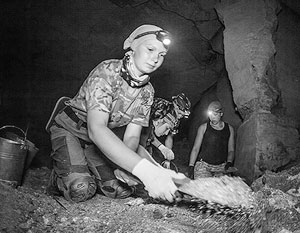 Участники военно-исторической экспедиции «Аджимушкай» обнаружили останки одного из защитников Аджимушкайских каменоломен