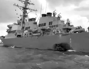 К сожалению, без жертв не обошлось – 10 членов экипажа эсминца пропали без вести, еще 5 были ранены