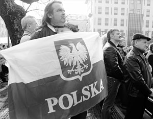 В Варшаве при любых правительствах всегда выражали решительную солидарность с соотечественниками за рубежом