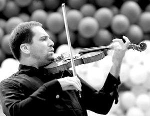 В упрек музыканту Дмитрию Когану либералы посмертно ставят концерт, который тот давал в Крыму после воссоединения полуострова с Россией