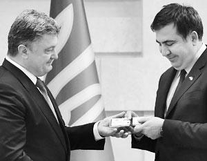 Михаил Саакашвили пообещал 19 сентября быть в Киеве, Петр Порошенко в это же время будет в Нью-Йорке