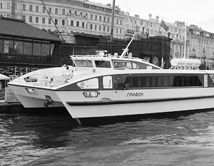 Чубайс представил первое пассажирское судно из углепластика