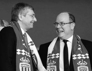 Дмитрий Рыболовлев и князь Монако Альбер Второй в мае этого года на матче футбольного клуба «Монако»