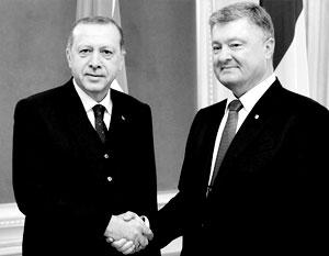 Эрдоган может заявлять что угодно, но он не сделает ставку на слабого игрока, отмечают эксперты