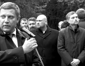Кремль прокомментировал участие Суркова в открытии памятника героям Донбасса