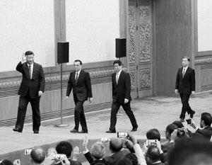Си Цзиньпин, Ли Кэцян, Ли Чжаньшу и Ван Ян на встрече с прессой
